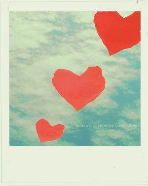 12181380_11526550_Love_is_in_the_air_by_MORAN_B (300x377, 18Kb)