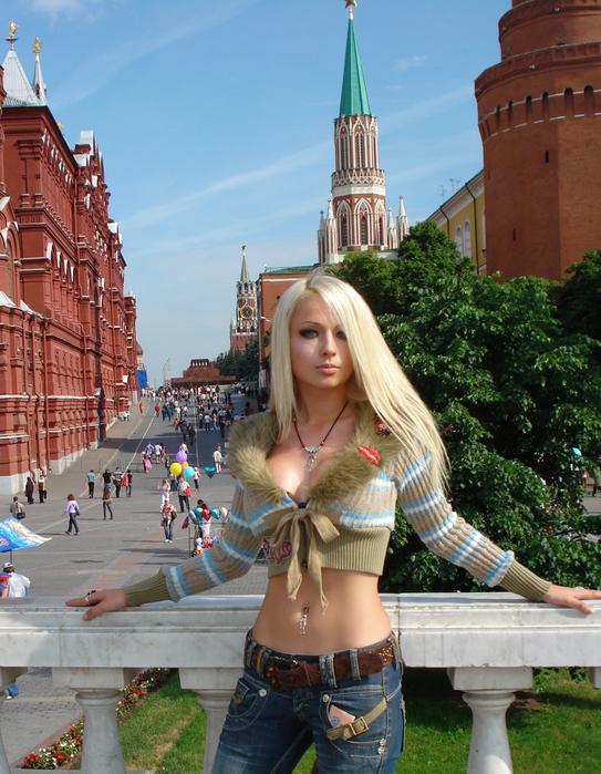Женский костюм для фотошопа - В Москве PSD 10x15 72dpi 7.78 Мб Автор: Boss5