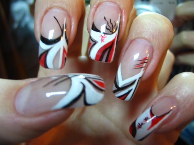 Runail – дизайн ногтей акрилом пошагово