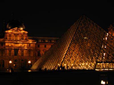 Лувр-ночью (400x300, 27Kb)
