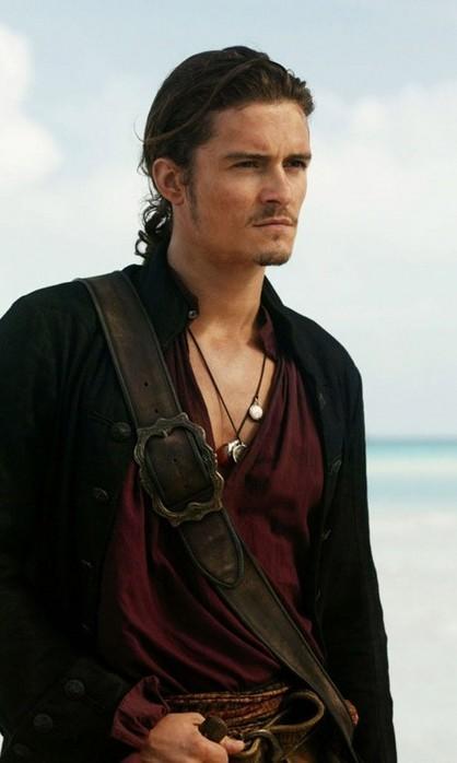 kinopoisk_ru-Pirates-Caribbean-At-World-s-End-1200x797-530403 (418x698, 47Kb)