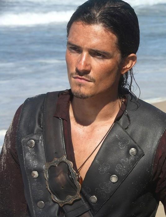 kinopoisk_ru-Pirates-Caribbean-At-World-s-End-1200x798-525350 (534x698, 92Kb)