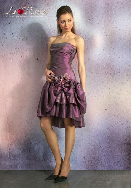 Одежда романтического стиля украшает женщину, подчеркивает красоту...