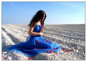 Картинки за любов, цветя и всяко нежно чуство 7719626_somewhere_in_someone__s_dream_by_idioti
