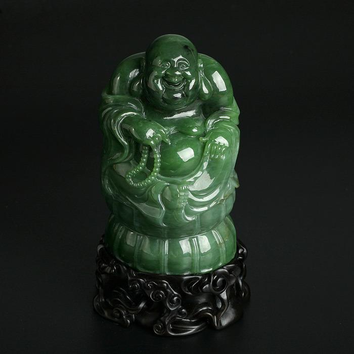 Будда Милэфо с четками.Зеленый нефрит.  Китай, современная работа.