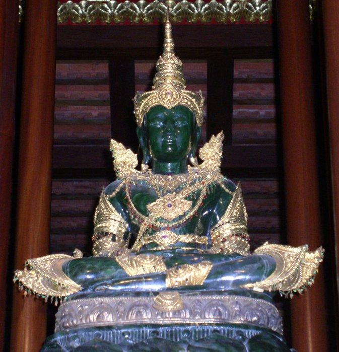 Нефритовый Будда 17 в. (Индия)