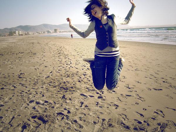 1188554301_82321_Jump_and_scream_by_krmenxa (600x450, 96Kb)