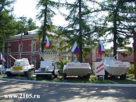 Выставка военной техники в Донском монастыре
