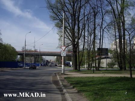 Уступи дорогу, Круговой