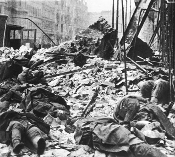 По обороне фашистов в берлине 1945 год