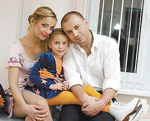 Александр жулин: мы с навкой не развелись!
