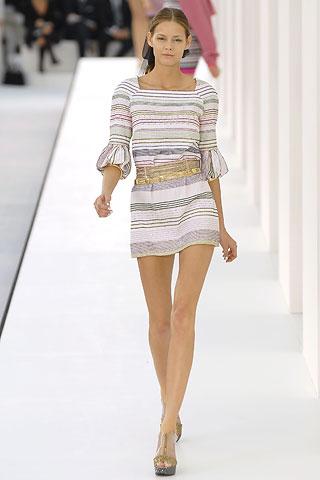 ...платьях от Шанель на различных мероприятиях, стало просто заоблачным.