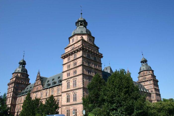 Замок йоганнесбург нем johannisburg