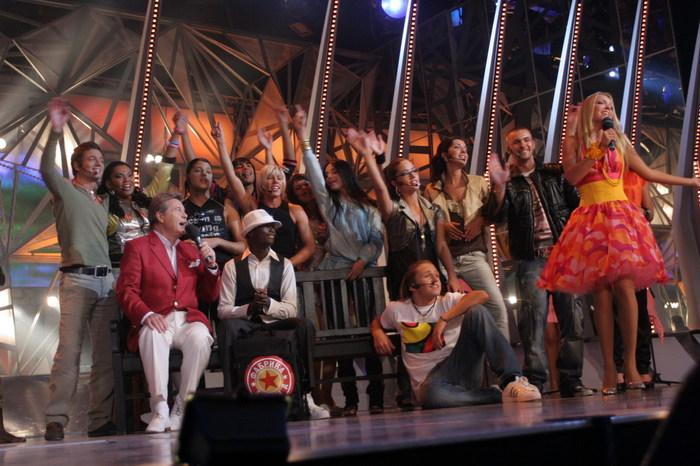 Планируется, что и в концертном зале дзинтари будут гостить 12 участников фарики звёзд - всеволод соколовский