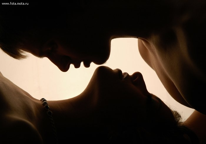 Какую позицию лучше всего использовать при анальном сексе. Наиболее