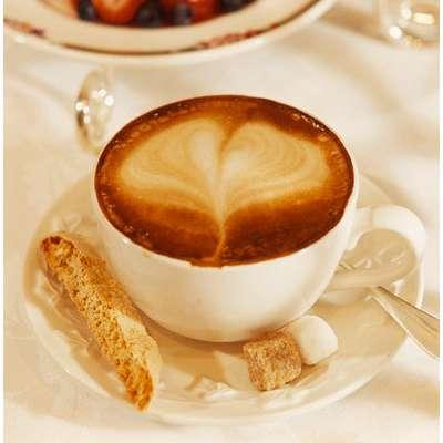 Пока утро, все только начинают работать-самое время поговорить о кофе.