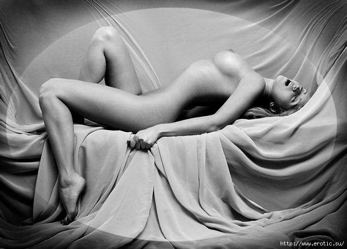 Эротика - искусство передачи сексуальных эмоций. Наиболее часто эротика вы