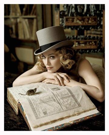 http://img1.liveinternet.ru/images/attach/b/3/17/686/17686399_1202825336_Madonna.jpg
