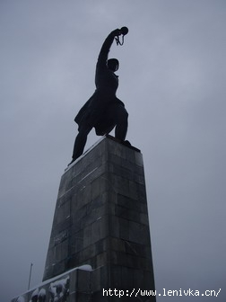 Памятник советскому солдату в Перемилово
