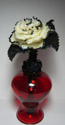 Роза на леске