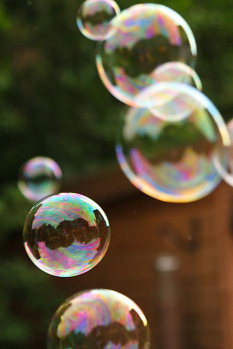 http://img1.liveinternet.ru/images/attach/b/3/21/705/21705062_bubbles.jpg