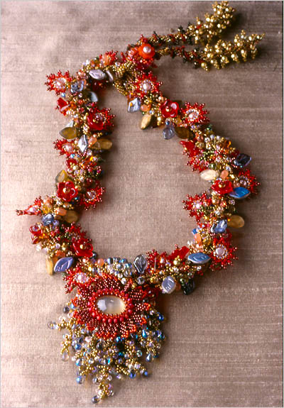 crafty jewelry: beaded necklaces