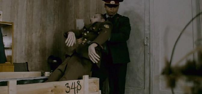 Груз 200 шокирующие кадры из фильма (672x314, 35Kb)