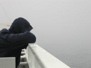 картинки грустные парень