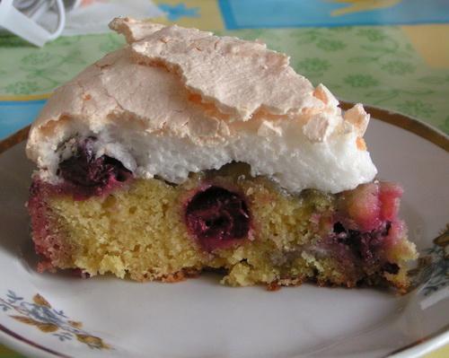 пирог с вишнями рецепт с безе