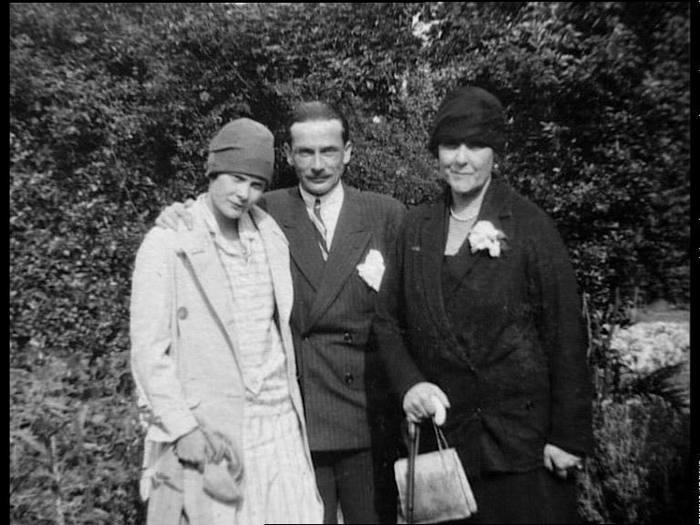 В его дом в 1927 году лелонг женился на