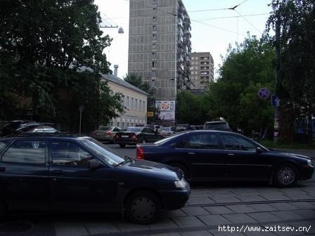 Пересечение улиц Дурова и Гиляровского