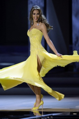 «Мисс Вселенная-2008»: американка опять упала, россиянка — в 29030098_1216152241_1216020223_0923_266x400