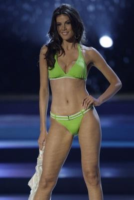 «Мисс Вселенная-2008»: американка опять упала, россиянка — в 29030110_1216152731_1216020473_0462_269x400