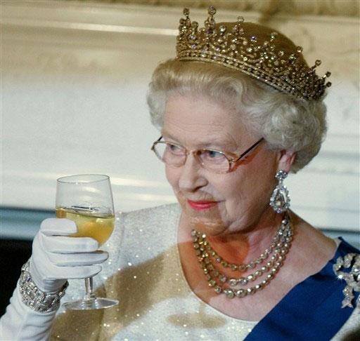 королева Eлизавета II (512x486, 53Kb)