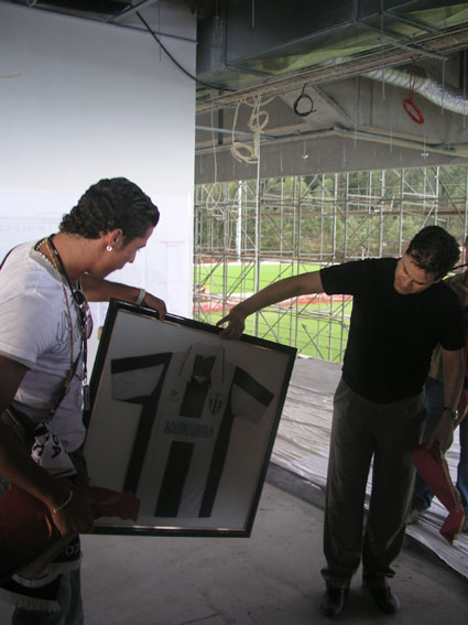 Galeria de Fotos Variadass d' Cristiano ! - Página 6 7948242_19819589
