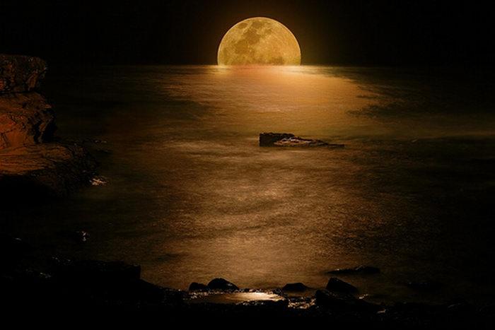 1194939292_moon_photo_3 (700x467, 38Kb)