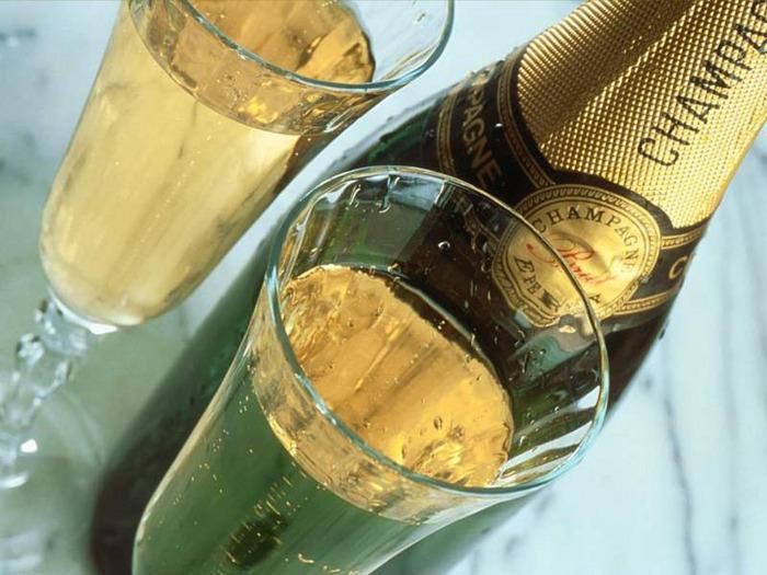 шампанское (700x525, 58Kb)