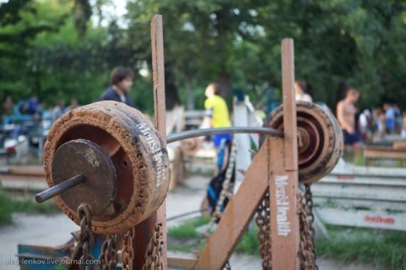 качалка на киевском гидропарке фото 16 (570x379, 187Kb)