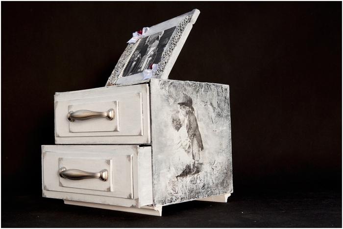 Комодик и рамочка для фотографий из картона. Мастер-класс (7) (700x468, 199Kb)