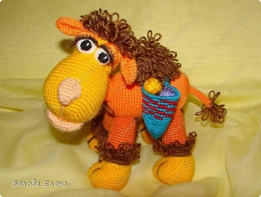 Авторская игрушка Елены Беловой - Верблюжонок Жоржик крючком. Мастер-класс (35) (520x394, 129Kb)