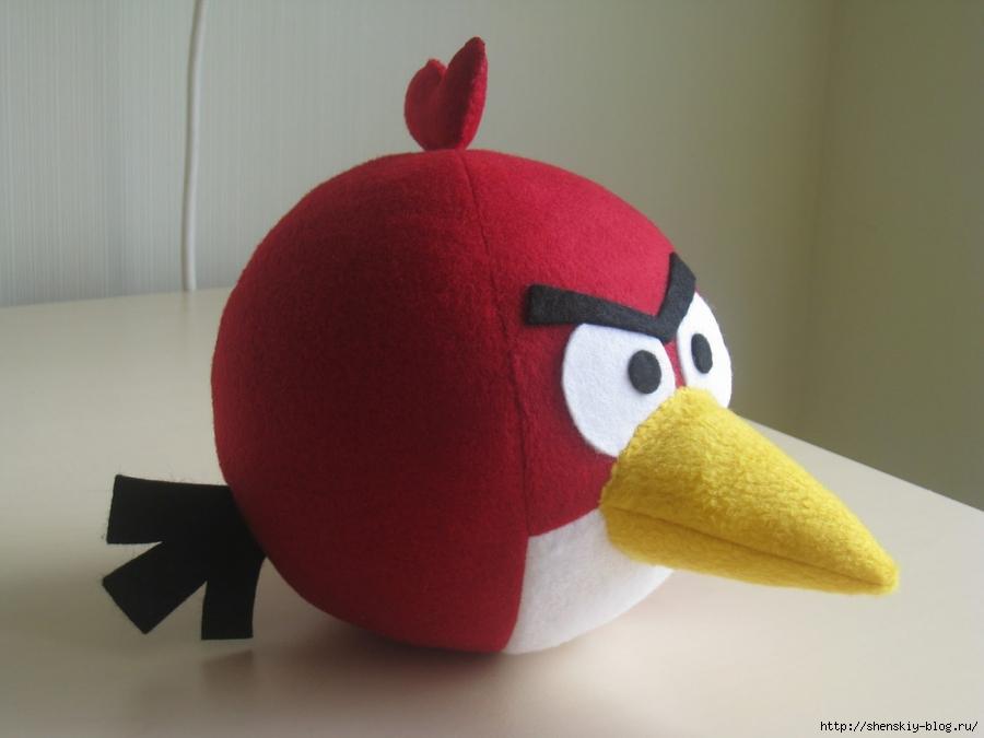 Красный Angry birds.