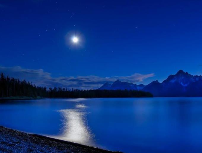 Лунный залив (681x516, 26Kb)
