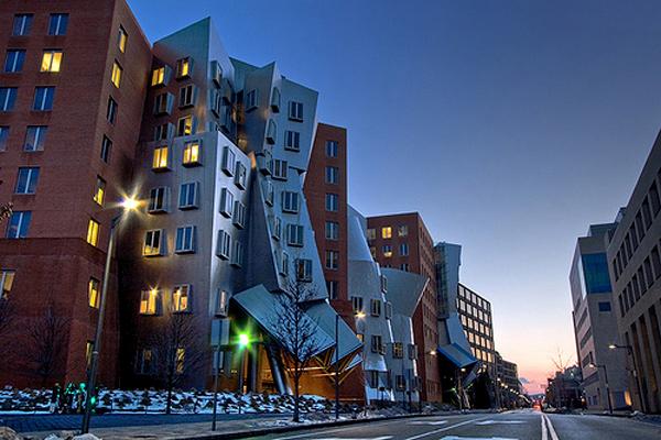 Массачусетский Технологический Институт 7 (600x400, 272Kb)