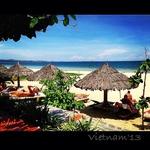 Пляж нашего отеля.
