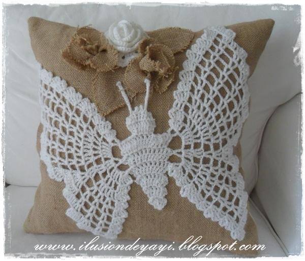 Бабочка крючком для украшения подушки из мешковины. Схемы бабочек (4) (600x515, 266Kb)
