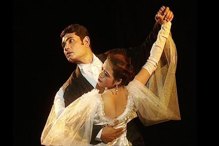 Learn-SALSA-CHA-JIVE-WALTZ-TANGO-etc-Dance-ALIPORE-Dance-Music-Classes-977685755-1307300686 (700x466, 34Kb)