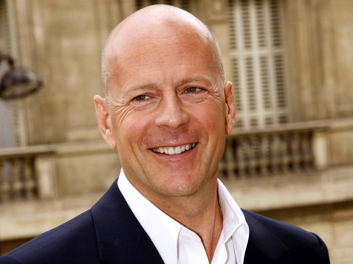 3085196_Bruce_Willis_i1 (700x525, 134Kb)