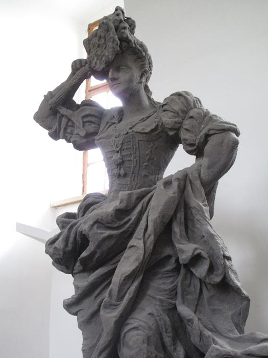 Braunovy_sochy_Ctností_a_Neřestí_na_Kuksu_(17) (525x700, 211Kb)