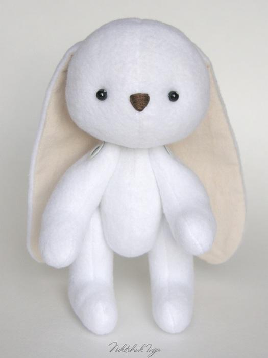 white-bunny-in-cap1 (525x700, 54Kb)