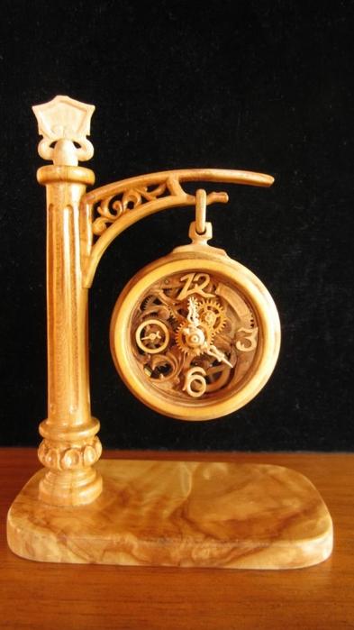 деревянные часы Валерий Даневич 2 (393x700, 167Kb)